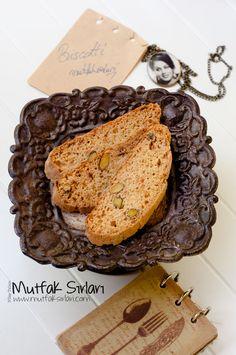 biscotti bademli fıstıklı