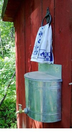 Look at the webpage to learn more on rainwater collection system cost. Click the link to learn more. See our exciting images. Outhouse Bathroom, Outdoor Toilet, Outdoor Bathrooms, Cabins In The Woods, Rustic, Decoration, Projects, Crafts, Home