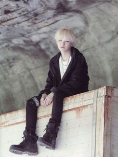 [SCAN] BTS Memories of 2016 - Suga: Agust D MV © Celsius613