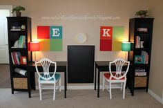 Get ahead of school assignments with these cute homework station ideas Awesome homework station 3 - If your kids' workspace is going to be in a main room in your home, you want it to be functional for them, yet still visually appealing for both adults an Homework Organization, Back To School Organization, Organization Ideas, Kids Homework Station, Kids Homework Room, Homework Desk, Computer Station, Kids Workspace, Desk Tidy