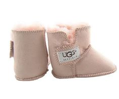 5202 Pink UGG Infant Erin $29.90  Product Name: 5202 Pink UGG Infant Erin    Product Code: UGG 5202    Product Color: Pink    The Infant Erin is made from genuine Twinface sheepskin with the craftsmanship you expect from UGG® Australia. A simple Velcro closure, offers on and off easily and comfortably.