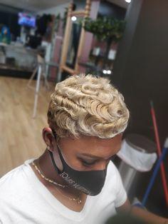 Dreadlocks, Band, Hair Styles, Beauty, Fashion, Hair Plait Styles, Moda, Sash, Fashion Styles