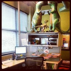 Office dinosaurs, anyone? #myawesomedesk
