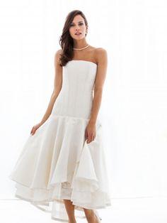 Monica Santana Couture, Brautkleid Mel 2014. Handgefertigtes Brautkleid aus Seide und edler Spitze Mônica Santana Haute Couture - Made in Germany
