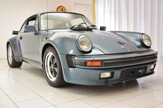 Porsche - 911 930 3.3 Turbo - 1983
