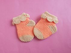 This gorgeous and prettiest Crochet baby Ruffle socks made to protect your baby to the chilly cold season.