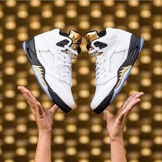a283ad436401 Sneakerheads  Paradise 2 · August 20. 🏅🏅🏅 📷  sneakerpolitics