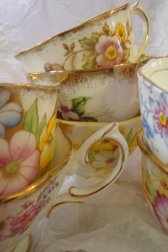 Teacup Treasures! I really love a beautiful tea cup; wish I liked tea.