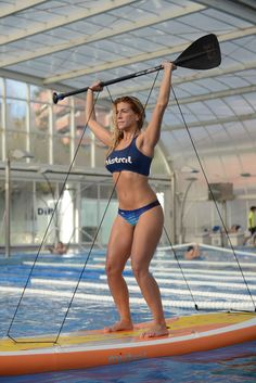 Ely from Pilates SUP & Beach teaching indoor SUP Yoga in Barcelona Bikini Pics, Bikini Pictures, Female Sports, Sports Women, Canoes, Kayaks, Sup Stand Up Paddle, Dream Vacation Spots, Sup Yoga