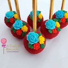 Flower cake pops for Anelisses Elena of Avalor birthday party ❤❤❤ Mexican Fiesta Birthday Party, Fiesta Theme Party, 4th Birthday Cakes, 4th Birthday Parties, 27th Birthday, Flower Cake Pops, Magnum Paleta, Cakepops, Fiesta Cake