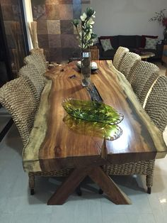 47 Large Farmhouse Dining Room Tables for Big Family - Moderne Dekoration Farmhouse Dining Room Table, Dining Room Table Decor, Dining Table Design, Dining Room Sets, Dining Room Furniture, Furniture Design, Room Decor, Furniture Ideas, Rustic Farmhouse