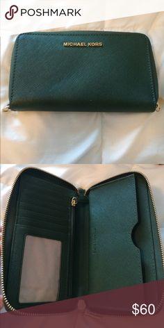 Michael Kors Wallet Lightly used green wallet, great price! Michael Kors Bags Wallets