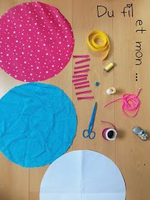 Du fil et mon...: Tuto : Sac Pieds Secs Diy Craft Projects, Diy And Crafts, Sewing Projects, Fabric Crafts, Sewing Crafts, Quilted Gifts, Creation Couture, Japanese Patterns, Patch Quilt