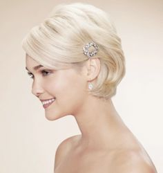Short wedding hair...although i'm now sure the curls would let me do this haha