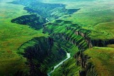 stunning.... shhhhh *owyhee river*