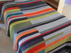 Great color scheme and layout here in this Mid-Century Modern quilt by Scott Case. 600.00$