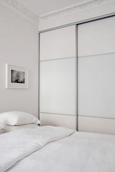 Interiors | White & Minimal Minimal Bedroom, Minimal Home, Colour Schemes, Decoration, Minimalism, Bedroom Decor, Bedroom Ideas, Interior Design, Stylish Interior