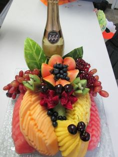 Pri Hadar, Exquisite Fruit Platters for any Occasion, in Monsey NY Fruit Platters, Cheese Platters, Kosher Gift Baskets, Dessert Table, Fruit Dessert, Watermelon Benefits, Cooking Herbs, Food Carving, Party Trays