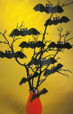 Make a bat tree decoration for Halloween