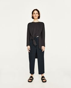 Image 1 of ASYMMETRIC TOP WITH VENTS from Zara