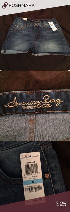 NWT. American Rag jean shorts size 5. (Juniors) NWT. American Rag Jean shorts. Size 5. (Juniors) American Rag Shorts Jean Shorts