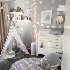 Kinderzimmer - Baby - You are in the right place about Baby Room boy Here we offer you the most beautiful pictures about the Baby Room elephant you are looking for. Baby Room Boy, Baby Girl Room Decor, Baby Bedroom, Nursery Room, Girls Bedroom, Baby Baby, Baby Room Neutral, Kids Room, Antique Furniture