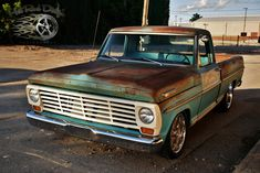 Vintage Pickup Trucks, Classic Ford Trucks, Ford Pickup Trucks, Car Ford, Trucks Only, Cool Trucks, Old Ford Pickups, F100 Truck, Cool Old Cars