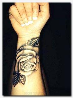 33 Cool Small Wrist Tattoos For Guys – Wrist Designs Face Tattoos For Women, Wrist Tattoos Girls, Lower Arm Tattoos, Unique Wrist Tattoos, Rose Tattoos On Wrist, Trendy Tattoos, Tattoos For Guys, Tribal Tattoos, Girl Tattoos