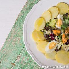 Ensalada de patata, huevo y mejillones. #GourmetBilbao