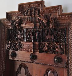 Metal Door Frame Detail Interiors 15 Ideas For 2019 Chettinad House, Indian Inspired Decor, Wooden Main Door Design, Indian Doors, Pooja Room Door Design, Wood Carving Designs, Carving Wood, Architectural House Plans, Traditional Doors