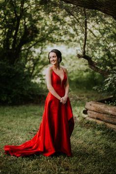 LLOYDMINSTER GRADUATION PHOTOGRAPHER | HANNAH Winter Engagement, Portrait Photographers, Portraits, Couple Shoot, Graduation, Stylists, Wedding Photography, Photoshoot, Formal Dresses