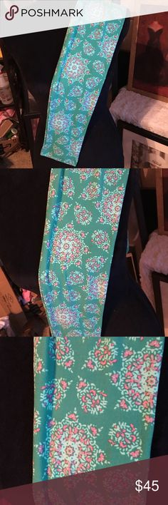 Lularoe NWT OS Leggings Mint Floral Emblems Gorgeous detail & love the emblems! LuLaRoe Other