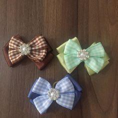 Laço Pet Quadiculado    -Laço no tamanho de 5cm;  -Escolher a cor, azul, verde ou marrom;  -Preço unitário.    Boas compras!