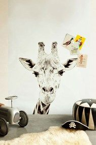 Cute Giraffe Wallpaper with a magnetic function!