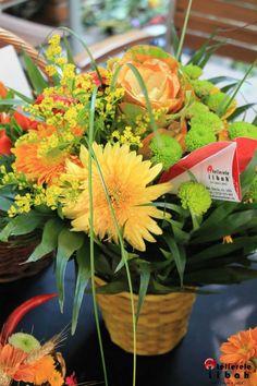 Beautiful! Flower Designs, Flowers, Plants, Beautiful, Flower Drawings, Flora, Plant, Royal Icing Flowers, Flower