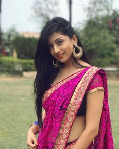 Beauty girl beauty indian beauty, beautiful saree и india beauty. Beautiful Girl Indian, Beautiful Saree, Beautiful Women, Girl Fashion Style, Woman Style, Women's Fashion, Saree Models, Beauty Full Girl, Beauty Girls