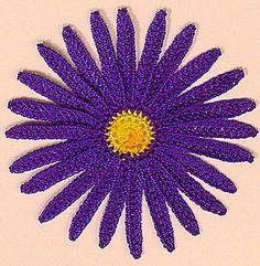 Pretty purple Daisy... Free pattern!!