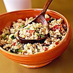 Perfectly Portable Lunch: Try Our Quinoa Tabbouleh