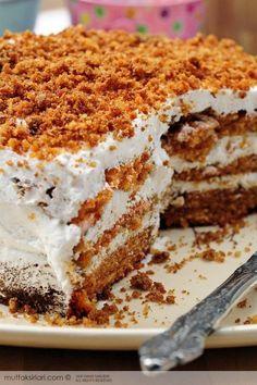 Best Cake : Carrot and cinnamon cake - kitchen secrets - practical recipes Cinnamon Cake Recipes, Pasta Cake, Food Platters, Turkish Recipes, Desert Recipes, Carrot Cake, Relleno, Amazing Cakes, Bakery