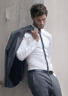 Jamie Dornan in a very well fitting suit.