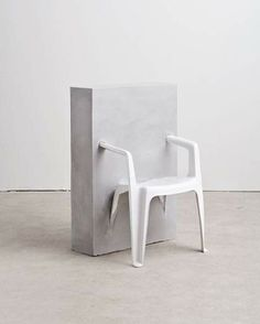 Études Studio | Half Concrete Chair