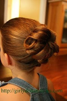 Under-Bun up-do...this is so pretty !