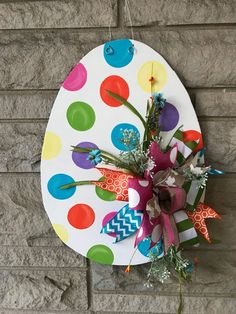 Handmade Holiday – Easter Door Hangers - Wood Easter egg door hanger, polka dot Easter egg, Easter decor You are in the right place about diy - Bunny Crafts, Easter Crafts, Valentine Crafts, Easter Art, Easter Eggs, Spring Crafts, Holiday Crafts, Diy Osterschmuck, Diy Easter Decorations