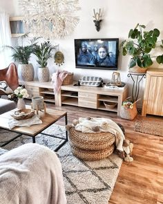 Decor, Farm House Living Room, Interior Design Living Room Warm, Living Room Warm, Home Decor, House Interior, Trending Decor, Warm Home Decor, Living Design