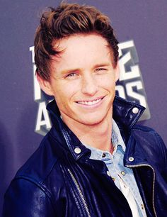 Eddie Redmayne, rockin' some leather. And look at that smile :)