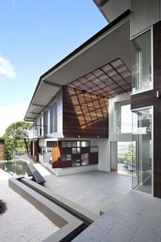 "give every space its own character: ""Maleny House"" (Queensland, Australia) by Bark Design Architects."