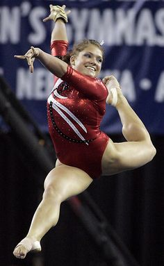 Courtney McCool - I love Courtney. Her form was perfect!