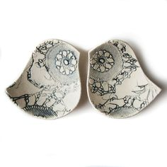 Ceramic bowl duo Birds of a feather in steel blue grey and cream stoneware pottery with lace texture Candle holders Ring dishes Home decor