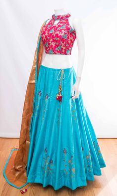 Login - WhatsApp: Bringing luxury Indian fashion at your fingertips Specialize in HAND EMBROI - Party Wear Indian Dresses, Designer Party Wear Dresses, Party Wear Lehenga, Indian Gowns Dresses, Indian Bridal Outfits, Indian Fashion Dresses, Dress Indian Style, Indian Designer Outfits, Bridal Lehenga
