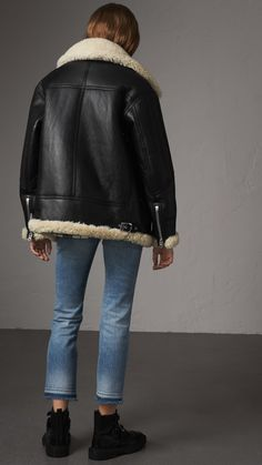Fall Winter Outfits, Winter Fashion, Picnic Outfits, Burberry, Long Leather Coat, Aviator Jackets, Sheepskin Coat, Shearling Jacket, Custom Clothes